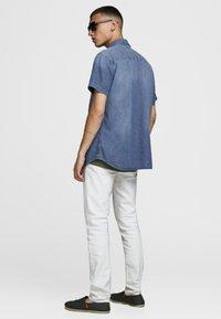 Jack & Jones - Shirt - medium blue denim - 2