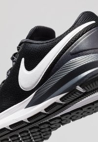 Nike Performance - AIR ZOOM STRUCTURE  - Stabilty running shoes - black/white/gridiron - 6
