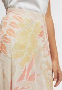comma - BEDRUCKTER - A-line skirt - coral leaf - 3