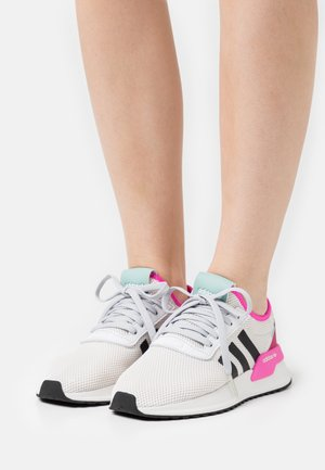 U_PATH X - Trainers - crystal white/core black/grey one
