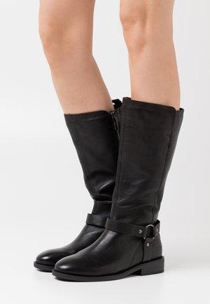 BRIVO - Vysoká obuv - black