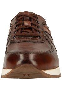 Fretz Men - Sneakersy niskie - cognac 37 - 4