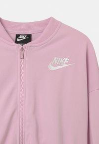 Nike Sportswear - SET - Tracksuit - arctic pink/white - 3