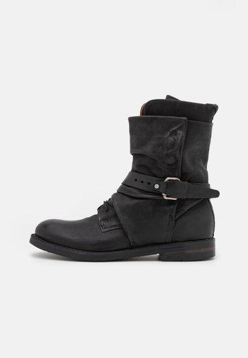 SAMURAI - Šněrovací kotníkové boty - nero