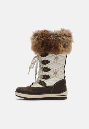 Zimski škornji - mokka/white