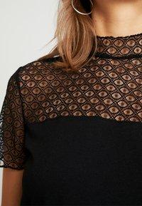 ONLY - ONLCATHY - Print T-shirt - black - 4