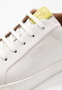 JOOP! - CORALIE - Trainers - light green - 5