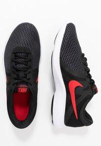 Nike Performance - REVOLUTION - Løbesko trail - black/university red/oil grey/white - 1