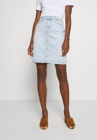 Tommy Hilfiger - ROME STRAIGHT SKIRT LOTA - Pencil skirt - light-blue denim - 0