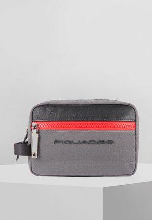 BLADE 23 CM - Wash bag - grey