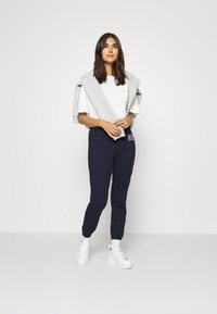 GAP - Pantaloni sportivi - dark blue - 1