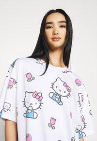 NEW girl ORDER - HELLO TEE DRESS - Vestito di maglina - white - 3
