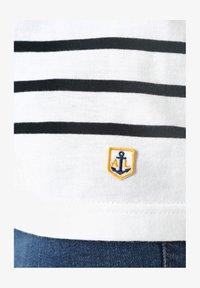 Armor lux - PORT-LOUIS - MARINIÈRE - T-SHIRT - Long sleeved top - blanc rich navy - 2
