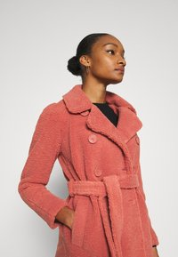 King Louie - EDITH COAT MURPHY - Classic coat - pink - 5