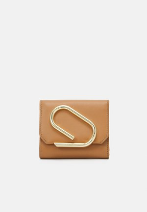 ALIX SMALL FLAP WALLET - Wallet - camel