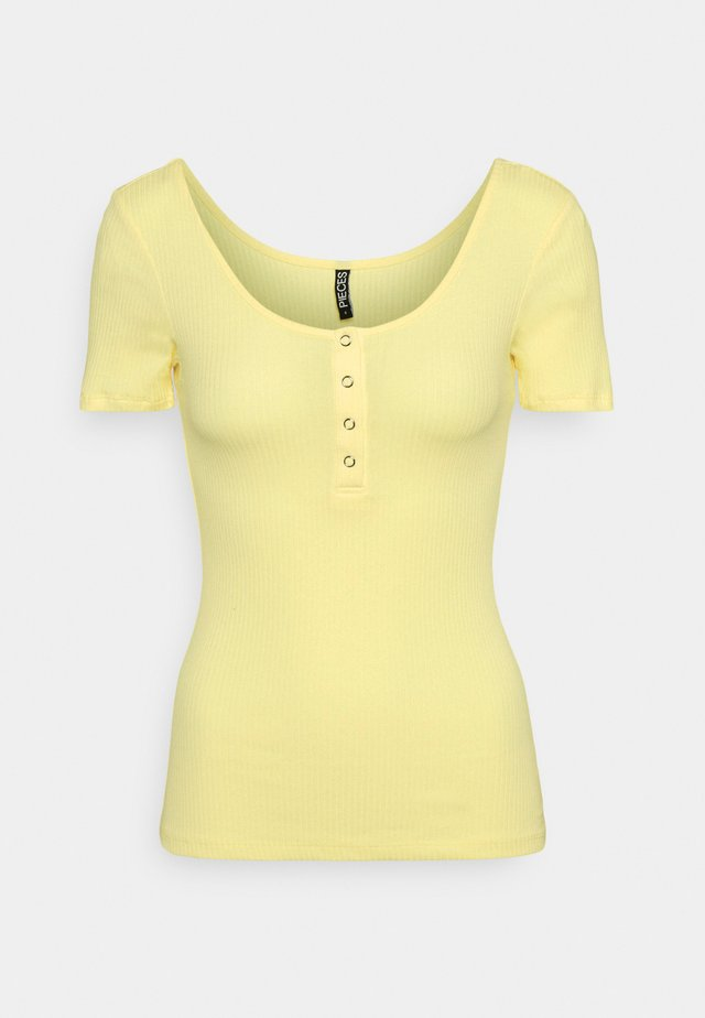 PCKITTE TALL - Basic T-shirt - pale banana