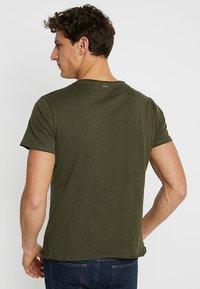 Key Largo - LEMONADE - T-shirt basic - olive - 2