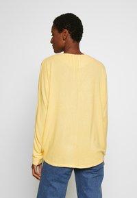 Esprit - Cardigan - dusty yellow - 2