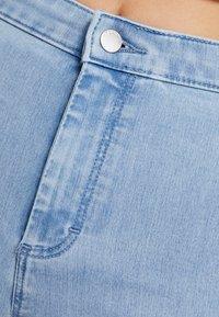 Topshop - JONI - Jeansshorts - bleached denim - 3