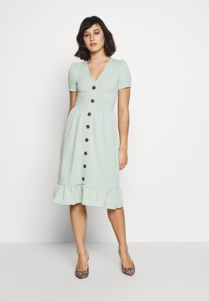 CRINKLED MIDI DRESS - Jersey dress - sage