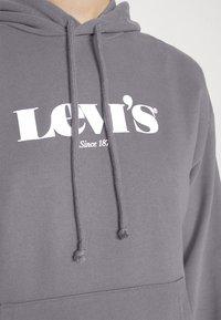 Levi's® - GRAPHIC STANDARD HOODIE - Hoodie - blackend pearl - 6
