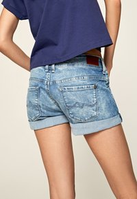 Pepe Jeans - SIOUXIE - Jeansshorts - denim - 4