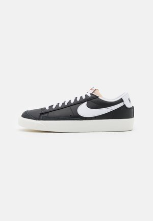 BLAZER '77 UNISEX - Trainers - black/white/sail/total orange