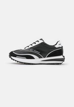 ZONE RUNNER - Trainers - black/white
