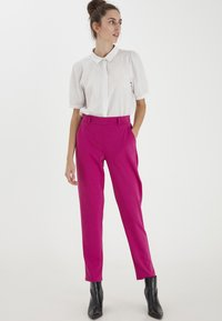 ICHI - IXKATE - Trousers - fuchsia red - 0