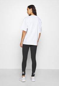 adidas Originals - GRAPHIC TEE - Print T-shirt - white - 2
