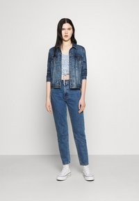 Hollister Co. - CINCH TIE - Camiseta estampada - white/blue - 1