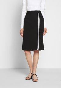 KARL LAGERFELD - CADY SKIRT - Pencil skirt - black - 0