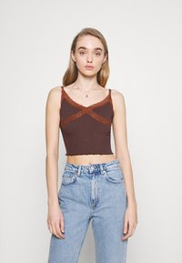 BDG Urban Outfitters - CROSS CAMI - Topper - chocolate - 0