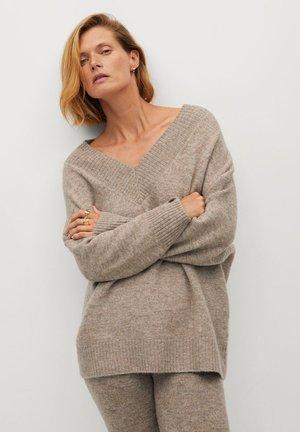 TALDORA - Sweter - středně hnědá