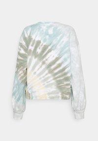 Abercrombie & Fitch - PATTERN CREW - Sweatshirt - green/multicolor - 1