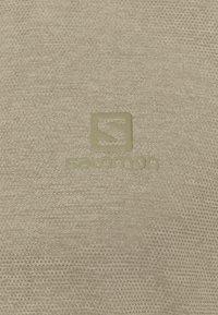 Salomon - EXPLORE TEE - T-shirt basique - olive night/heather - 2
