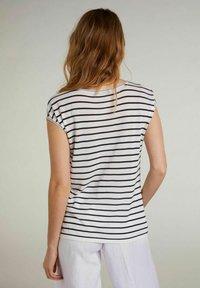 Oui - Print T-shirt - white blue - 2