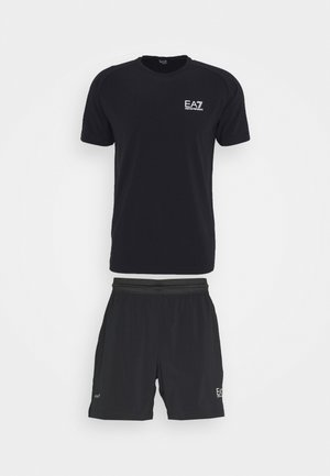 TUTA SPORTIVA SET - Shorts - black