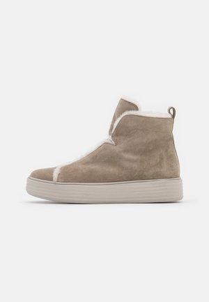 Kotníková obuv - biscuit