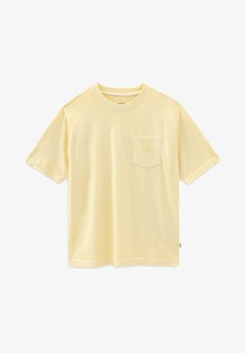 WM POCKET V - Basic T-shirt - mellow yellow