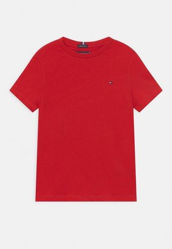ESSENTIAL TEE  - T-shirts - deep crimson