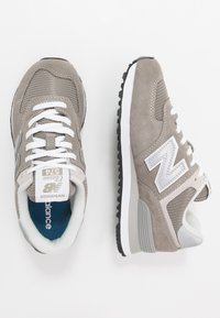 New Balance - 574 - Sneakers - grey - 1