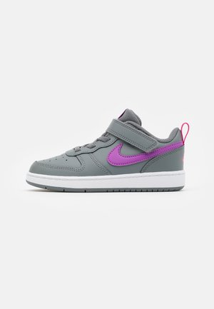 COURT BOROUGH 2 UNISEX - Sneakers basse - smoke grey/purple/watermelon/white