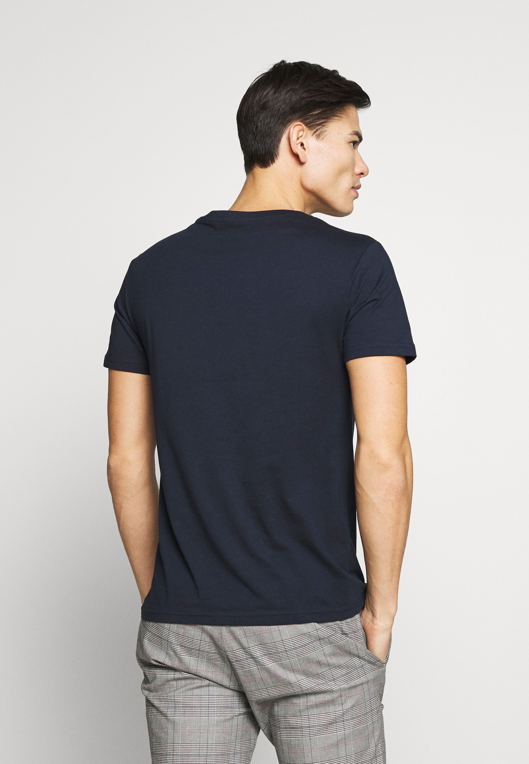 Pier One Basic T-shirt - dark blue oFZU9