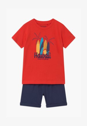 SMALL BOYS HAWAII SET - Tracksuit bottoms - tomate
