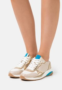 ALDO - MAKENNA - Sneaker low - gold - 0