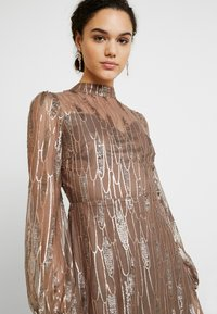 Love Triangle - SCATTERED JEWELS - Cocktail dress / Party dress - bronze - 4