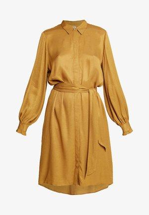 MERLE DRESS - Robe chemise - bone brown