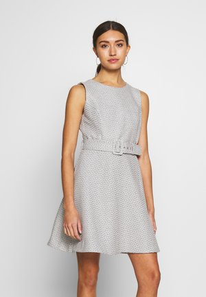 BOUCLE DRESS - Kjole - boucle