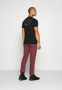 Denham - CROP - Relaxed fit jeans - rosewood - 2
